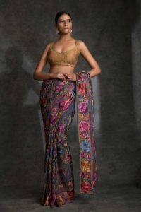 Read more about the article Saree :  Women's Grace
